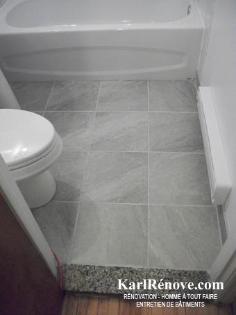 plancher de céramique d'une salle de bain | karlrenove - Salle De Bain Sur Plancher